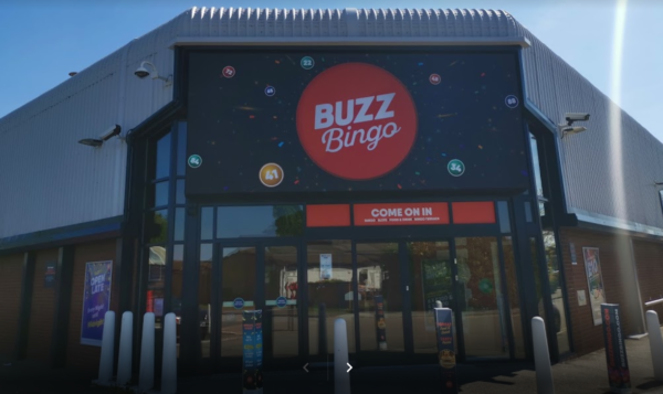 Bloodied Boozy Bust Up at Buzz Bingo Hull