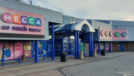 Mecca Bingo's Only Open Bingo Club Hosts Party Weekend