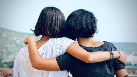 Bingo Chat Room Reunites Long Lost Sisters